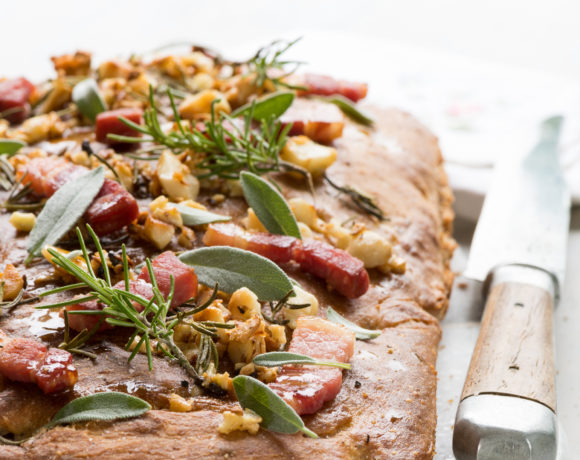 Focaccia with macadamia nuts and crispy bacon