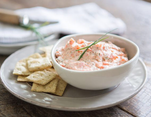 Salad spread with fresh salmon, cottage cheese and lime