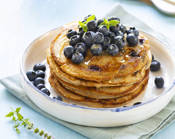 Mighty Pancakes with blueberries and maple syrup
